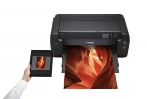 ImagePROGRAF PRO 1000 Mobile Printing LIFESTYLE