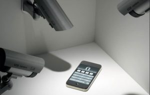 spiare smartphone