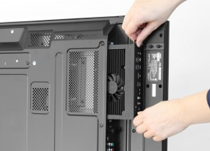 Slot-in PC ApplicationPicture_insideHands_med