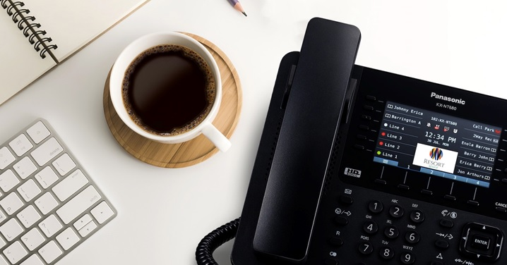 panasonic lancia una nuova serie di telefoni ip