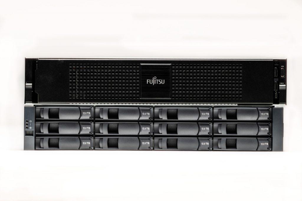 storage_RS65677_FUJITSU ETERNUS CS800 new-2_400x248_oic-scr
