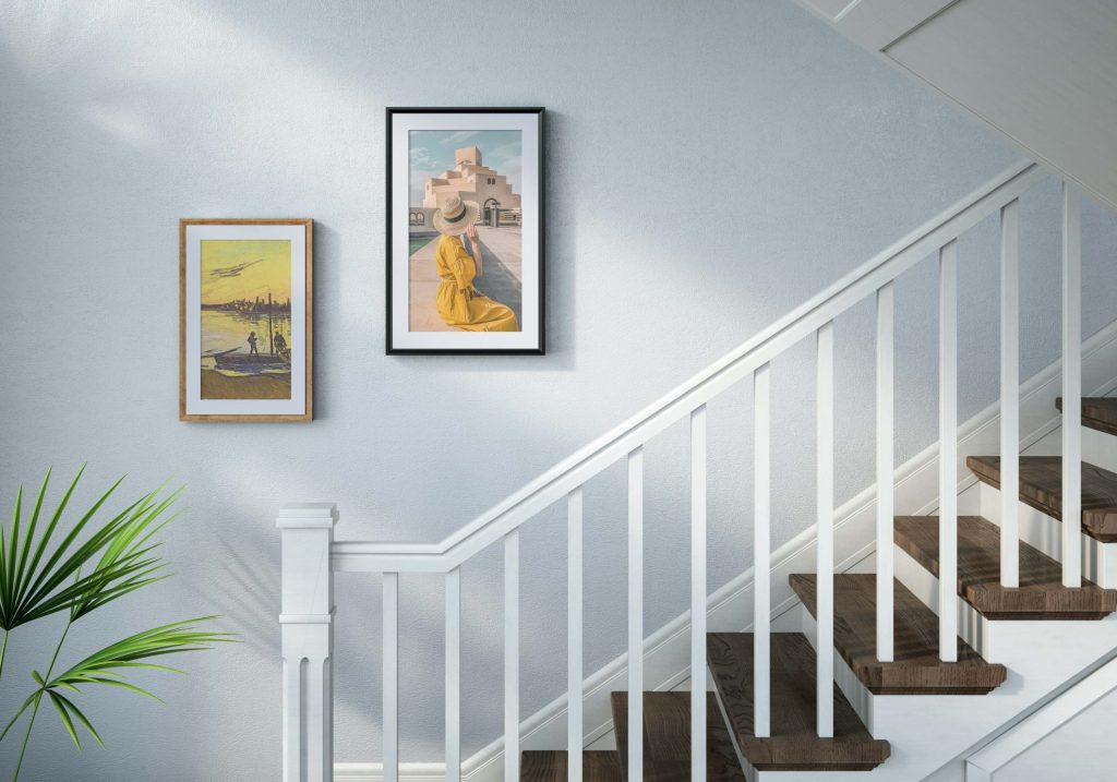 Netgear_Meural Canvas II_home