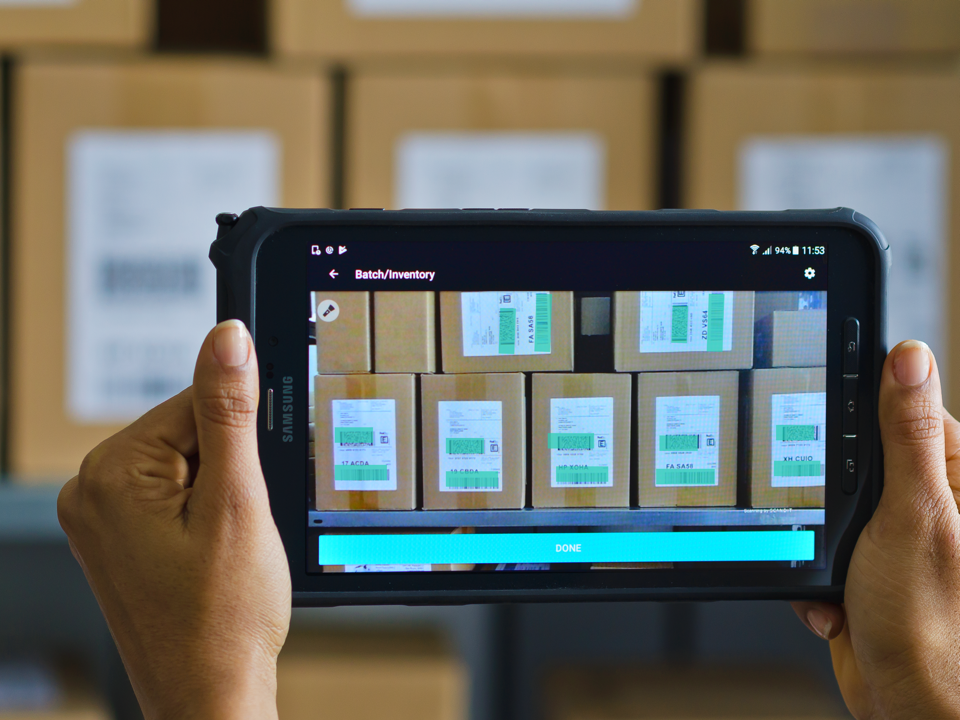 Scandit Retail AR Inventory Management with Samsung Tablet