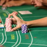 Baccarat: come gestire una partita al casinò live