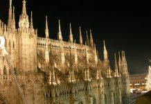 Duomo_Milano_guglie_di_notte